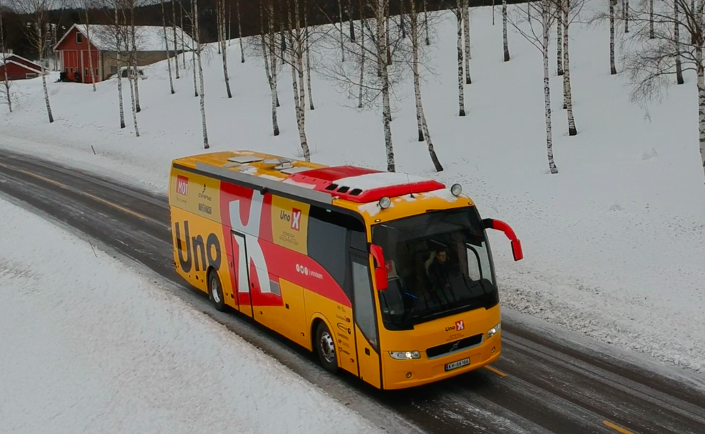 Spesialtilpasset buss for Uno-X Norwegian Developement Team